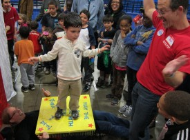 Children learned about force and pressure with a bed of nails